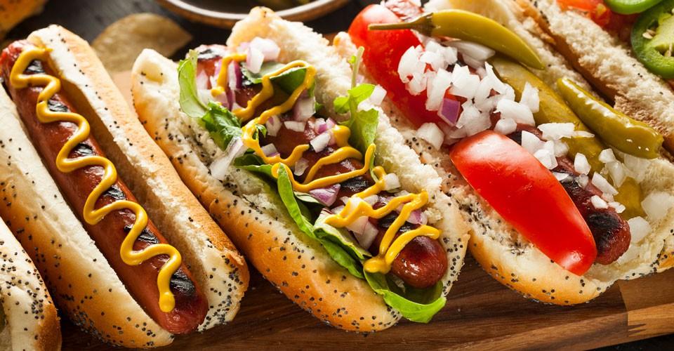 Món ăn đặc trưng trong ẩm thực Mỹ - Hotdog