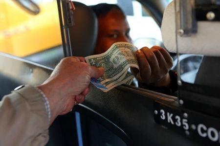Tiền tip cho nhân viên lái xe